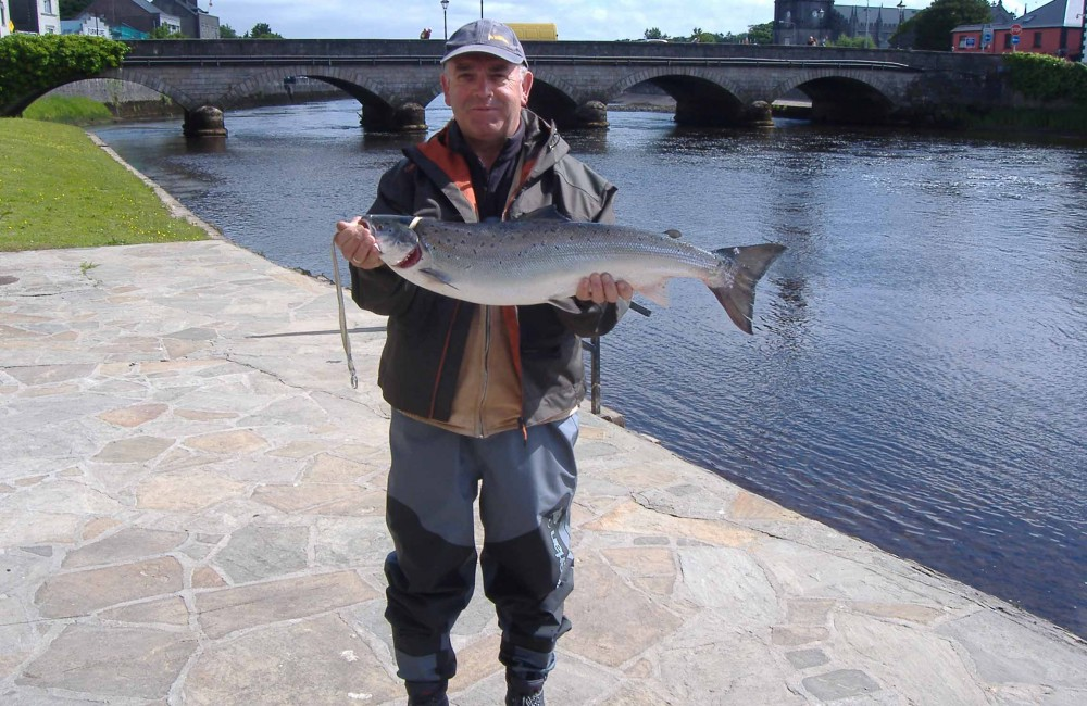 Fernando Ferreno, Spain, with his 9.5 lbs. Cathedral Beat fish